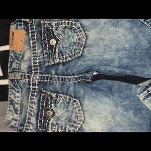 🧲Boys Size 6 True Religion jeans 🧲